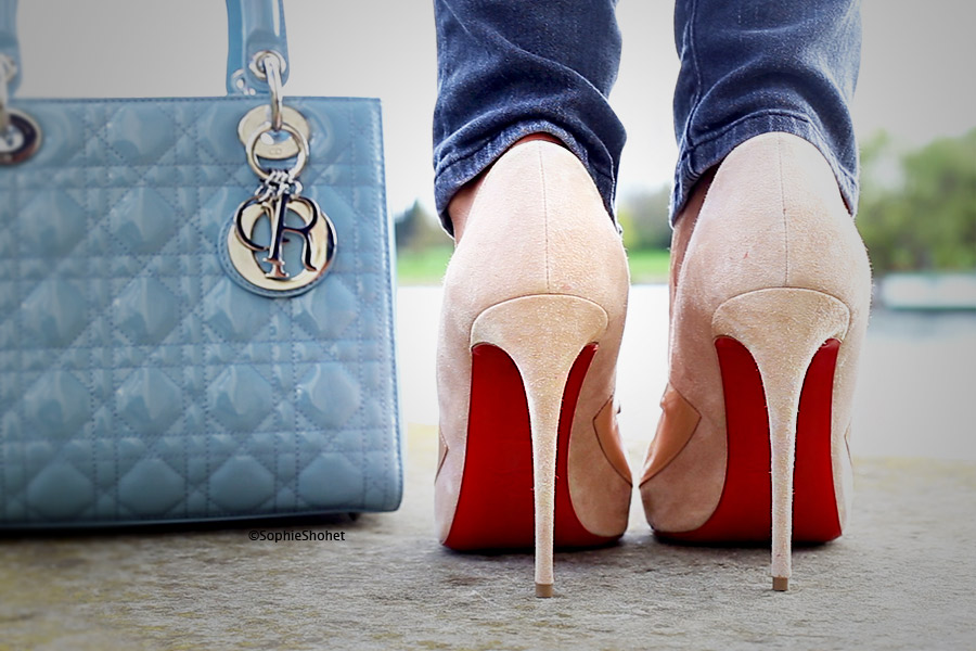 Christian Louboutin Bow Me Dear - Nude Pumps