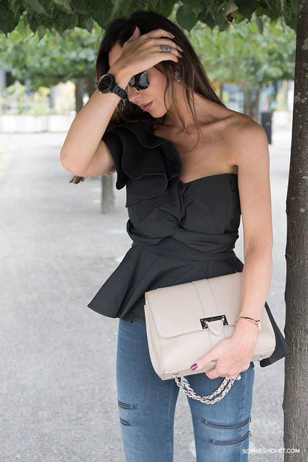 StyleKeepers Off-Shoulder Black Top